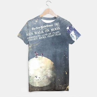 Thumbnail image of Astronauts and Moon tshirt, Live Heroes