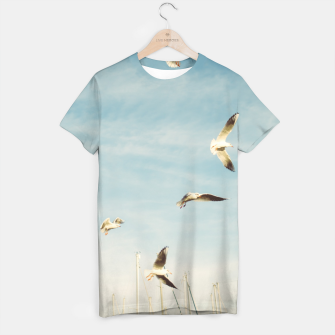Miniatur Seagulls Flying In The Air T-shirt, Live Heroes