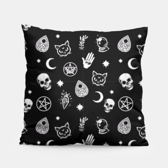 Imagen en miniatura de Witch Pattern 3 Pillow, Live Heroes