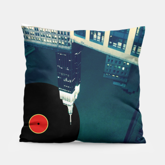 Thumbnail image of glazba pillow, Live Heroes