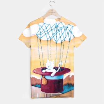Thumbnail image of The cat traveling in dreams Camiseta, Live Heroes