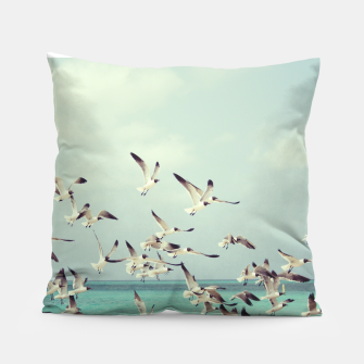 Miniatur Seagulls Flying over Beach Pillow, Live Heroes