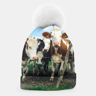 Miniatur Group Of Cows Beanie, Live Heroes