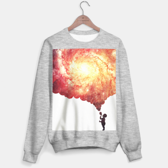 The universe in a soap-bubble! (Awesome Space / Nebula / Galaxy Negative Space Artwork) Sweater regular obraz miniatury