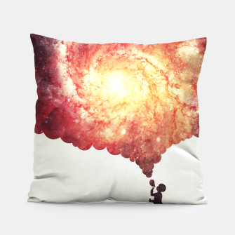 The universe in a soap-bubble! (Awesome Space / Nebula / Galaxy Negative Space Artwork) Pillow obraz miniatury