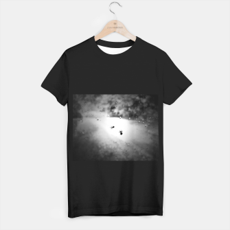Thumbnail image of Spiders in the storm T-shirt regular, Live Heroes