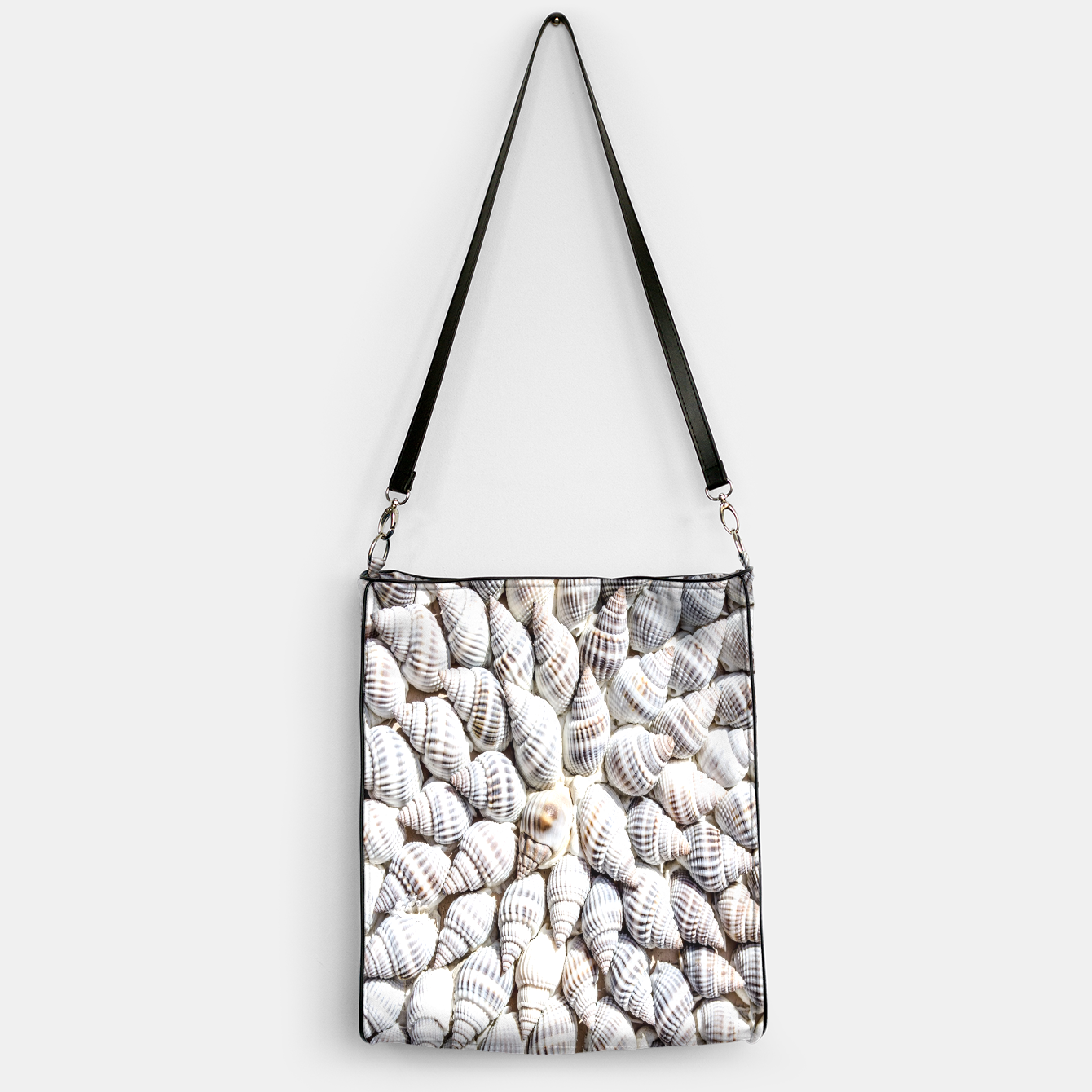 Image of White Seashells pattern Handbag - Live Heroes