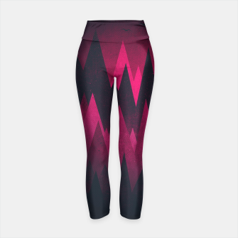 Miniaturka Dark Triangles (Peak Woods) Abstract Grunge Mountains Design (red/black) Yoga Pants, Live Heroes