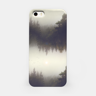 Miniature de image de Forest dreams iPhone Case, Live Heroes