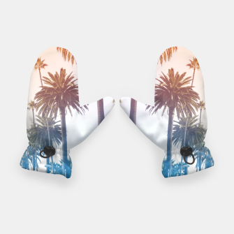 Summer in LA Gloves thumbnail image