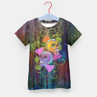 Miniatur Día De Los Muertos - Two Colored Skulls Flowers T-Shirt für Kinder, Live Heroes