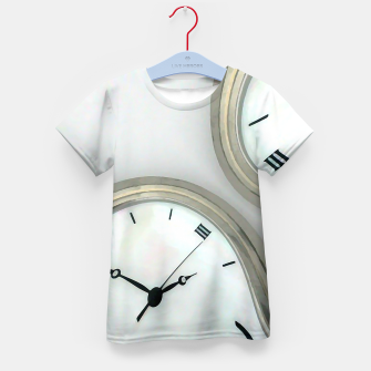 Thumbnail image of Distorted time - surrealist painting Kid's T-shirt, Live Heroes