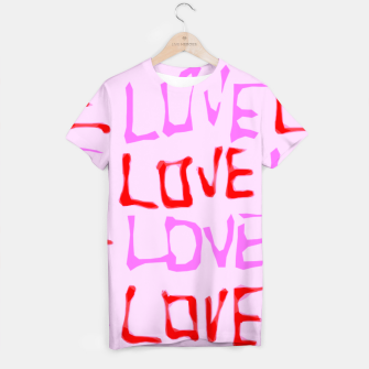 Miniatur LOVE alphabet handwriting drawing in red and pink T-shirt, Live Heroes
