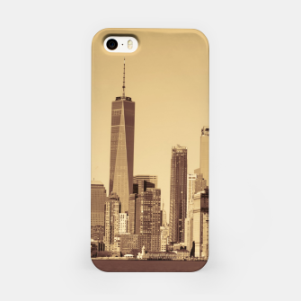 Miniatur New York Cityscape iPhone Case, Live Heroes
