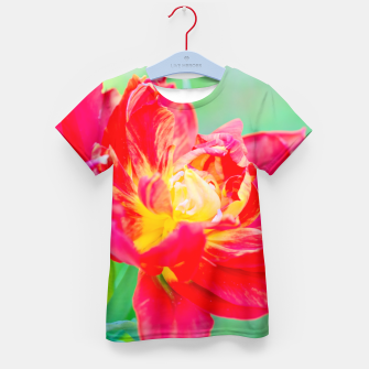 Thumbnail image of Unusual macro tulip over green background Kid's T-shirt, Live Heroes