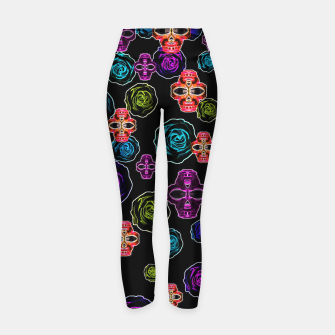 Miniature de image de skull art portrait and roses in pink purple blue yellow with black background Yoga Pants, Live Heroes