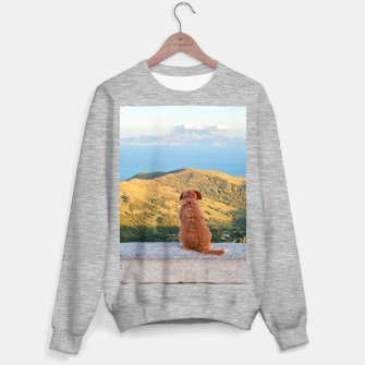 Imagen en miniatura de Lonely dog watching on Gibraltar strait Sweater regular, Live Heroes