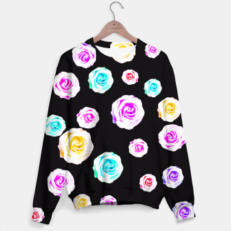 Miniature de image de colorful roses in pink orange purple green with black background Sweater, Live Heroes