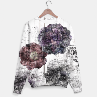 Thumbnail image of Shabby wooden Sweater, Live Heroes