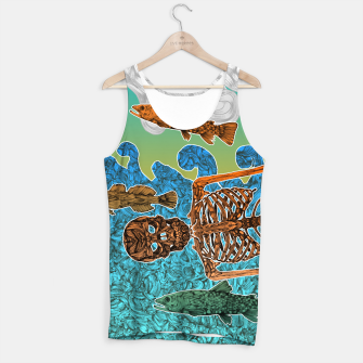 Thumbnail image of Vacations of a Skeleton whit his friends...the fish Tank Top, Live Heroes