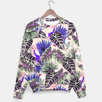 Thumbnail image of Jungle Pattern and Tropical Birds I Sudadera, Live Heroes
