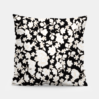 Thumbnail image of White flowers Coussin, Live Heroes
