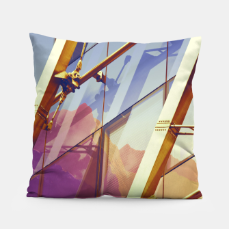 Miniatur Facade in front of the mountains 2 Pillow, Live Heroes