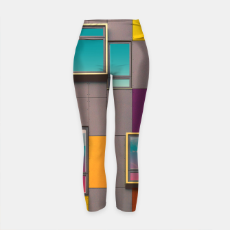 Miniatur Facade in front of the mountains Yoga Pants, Live Heroes