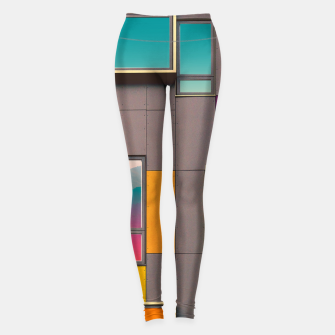 Miniaturka Facade in front of the mountains Leggings, Live Heroes