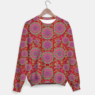 Miniatur Hearts can also be flowers such as bleeding hearts pop art Sweater, Live Heroes
