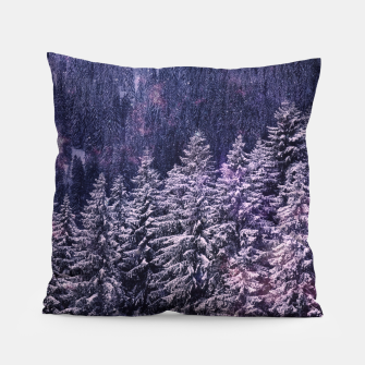 Thumbnail image of Winter is coming Pillow, Live Heroes