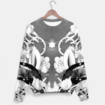 Miniaturka Black and white all over printed sweater, Live Heroes