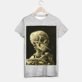 Skull of a Skeleton with Burning Cigarette by Vincent van Gogh T-shirt regular Bild der Miniatur