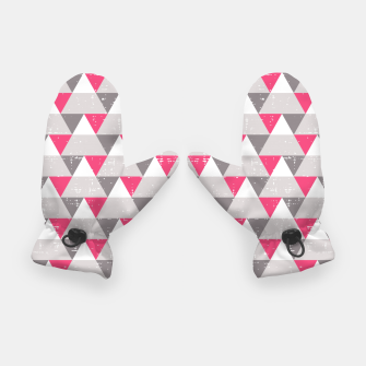 Miniatur Geo Triangles - Pink and Grey Gloves, Live Heroes
