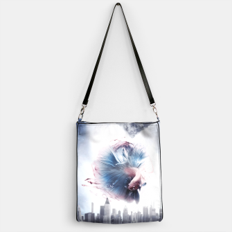 Thumbnail image of The Betta Handtasche, Live Heroes