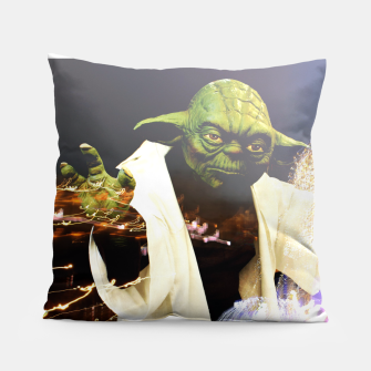 Thumbnail image of Magic Yoda Coussin, Live Heroes
