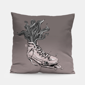 Miniatur Tired Sneaker Pillow, Live Heroes