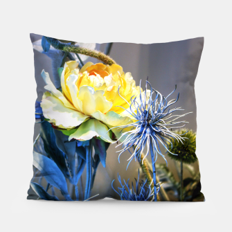 Thumbnail image of Artificial Yellow Flower Coussin, Live Heroes