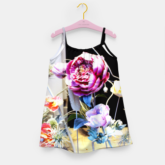 Thumbnail image of Artificial Flowers Robe de fille, Live Heroes
