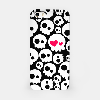 Thumbnail image of The Skull in Love, Live Heroes