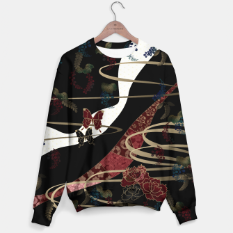 Miniatur Japanesque flower and butterfly black red Sweater, Live Heroes