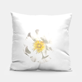 Miniature de image de White Flower Photo Pillow, Live Heroes