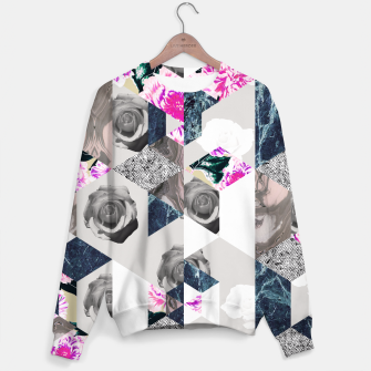 Thumbnail image of Geometric mosaic of textures and roses Sudadera, Live Heroes