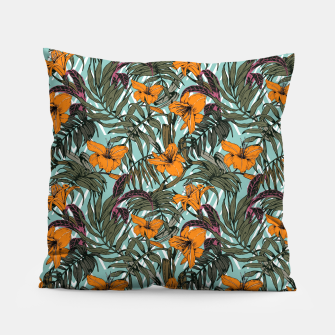 Thumbnail image of Pattern Delicate botanical jungle Almohada, Live Heroes