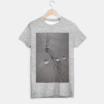 Thumbnail image of Feeling Small T-shirt regular, Live Heroes