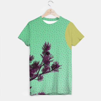 Pine tree and purple polka dots T-shirt imagen en miniatura