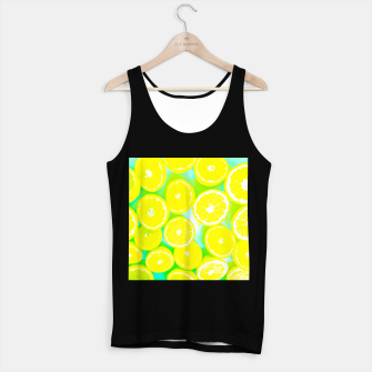 Miniaturka juicy yellow lemon pattern abstract with green background Tank Top regular, Live Heroes