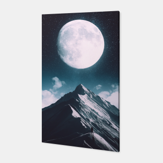 Miniatur New Moon Canvas, Live Heroes