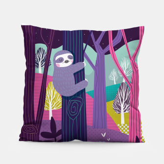 Miniaturka Sloth in woods Pillow, Live Heroes