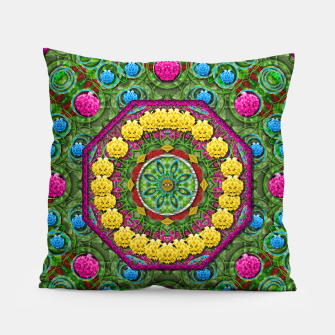 Miniatur  Bohemian chic in fantasy style Pillow, Live Heroes